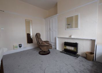 Thumbnail Studio to rent in Wheathouse Road, Birkby, Huddersfield