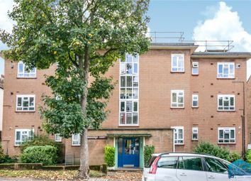 Thumbnail 3 bed flat for sale in Grosvenor Court, Grosvenor Road, Finchley, London