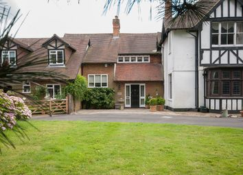 Thumbnail 4 bed cottage for sale in Hogscross Lane, Chipstead