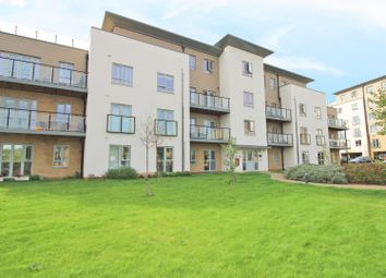 Thumbnail 2 bed flat to rent in Fleming Place, Bracknell