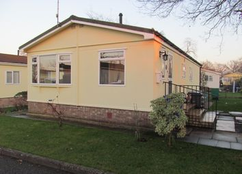 Thumbnail 2 bed mobile/park home for sale in Shepherds Grove Park (Ref 5500), Stanton, Bury St Edmunds, Suffolk