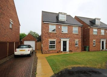 Thumbnail 5 bed detached house for sale in Linden Court, Rothwell, Leeds