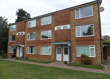 Thumbnail 2 bed flat to rent in Tupwood Lane, Caterham