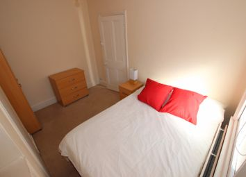 Thumbnail Room to rent in Highgrove Street, Room 1, Reading