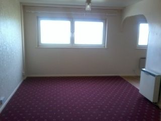 Thumbnail 2 bedroom flat to rent in Beacon View Road, West Bromwich