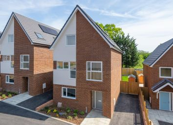 3 bed detached house for sale in Acres Green, Walderslade ME5