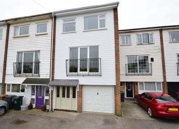 4 bed town house for sale in Elizabeth Street