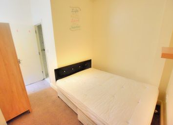Thumbnail Studio to rent in Ripple Road, Barking