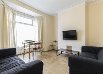 Thumbnail 4 bed terraced house for sale in Pavilion Crescent, Worthing Street, Hull
