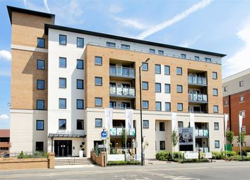 Thumbnail 2 bedroom flat for sale in Bridge Avenue, Maidenhead, Maidenhead