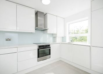 Thumbnail 2 bedroom flat for sale in Holly Park Road, Friern Barnet, London