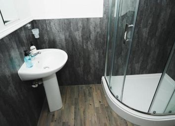 Thumbnail 2 bed flat to rent in Castle Street, Glasgow