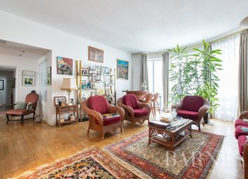 Thumbnail Apartment for sale in Paris 1st, 75001, France