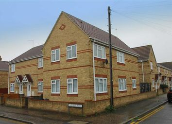 Thumbnail 1 bed flat to rent in Fairfield Road, Clacton-On-Sea