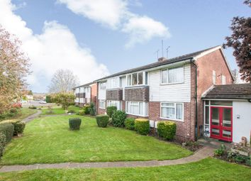 Thumbnail 2 bed maisonette for sale in Aldebury Road, Maidenhead