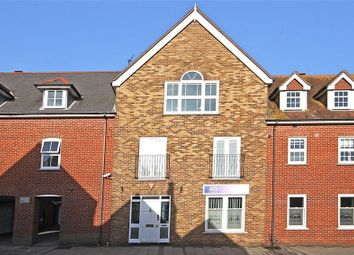 2 bed flat for sale in Priestlands Place, Lymington, Hampshire SO41