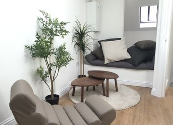 Thumbnail 1 bed flat to rent in Jackson Road, Islington