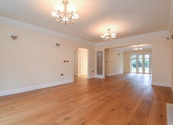 Thumbnail 6 bed detached house to rent in Chacombe Place, Beaconsfield
