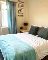 Room to rent in Irving Close, Dudley DY3