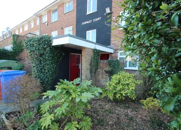 Thumbnail 2 bed flat to rent in Grays Lane, High Wycombe