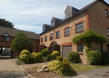 Thumbnail 2 bed flat to rent in Woodlands Lane, Chichester