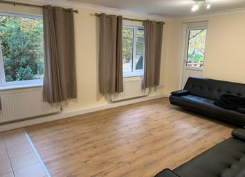 Alden Mead, The Avenue, Hatch End, Pinner HA5. 2 bed flat