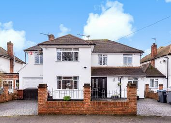Staines-Upon-Thames, Surrey TW18. 4 bed detached house for sale