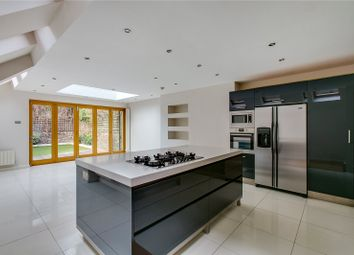 Thumbnail 6 bed terraced house to rent in Stokenchurch Street, London