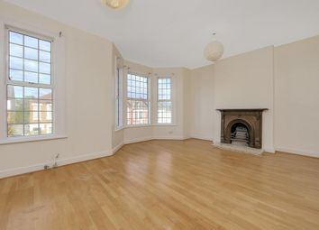 2 bed flat to rent in Leghorn Road, London NW10