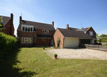 Thumbnail 4 bed detached house to rent in Bridge Road, Ickford, Aylesbury