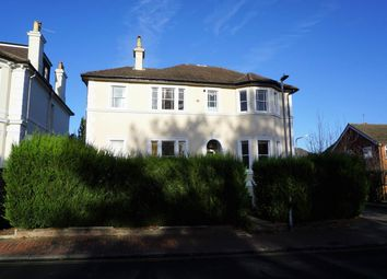 Thumbnail 2 bedroom flat to rent in Queens Road, Tunbridge Wells, Kent
