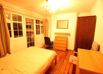 Thumbnail Room to rent in Reardon House, Reardon Street, Wapping