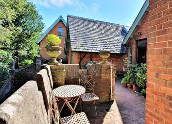 Val Mascal, Hollington Park Road, St Leonards On Sea TN38. 3 bed flat for sale