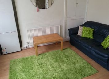 Thumbnail 3 bed property to rent in Kelsall Terrace, Hyde Park, Leeds