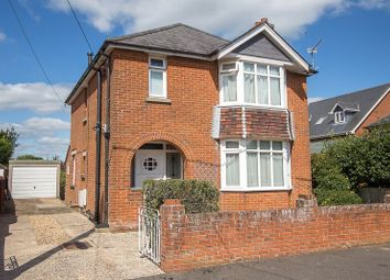 3 bed detached house for sale in Mayfield Avenue, Totton, Southampton SO40