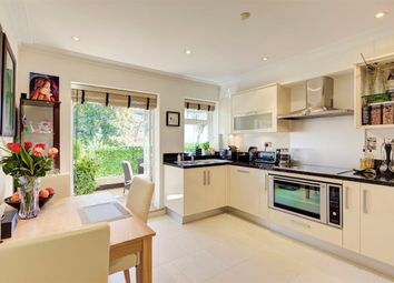 Thumbnail 3 bed flat to rent in Mountview Close, Hampstead Garden Suburb, London