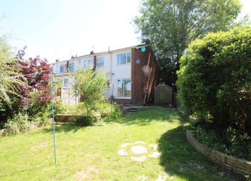 Thumbnail 3 bed detached house to rent in North View Road, Tadley