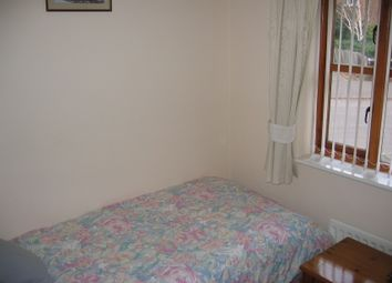 Thumbnail 2 bed bungalow to rent in Old School Place, Banbury