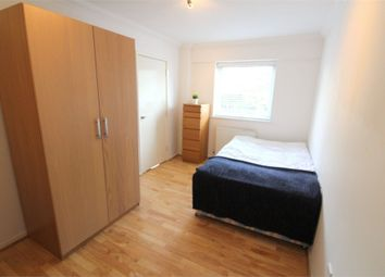 Thumbnail Room to rent in (House Share), Barnfield Place, Canary Wharf, London