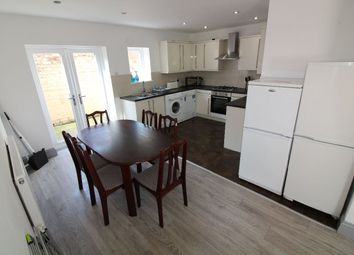 6 bed terraced house to rent in Elmsley Street, Preston, Lancashire PR1