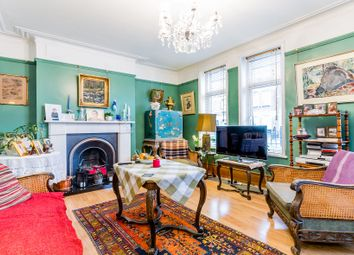 Thumbnail 2 bed flat for sale in Agincourt Road, Hampstead