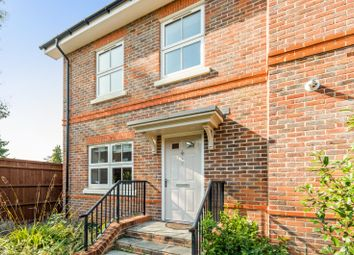 Cutlers Close, Maidenhead, Berkshire SL6. 4 bed end terrace house