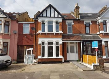 Thumbnail 3 bedroom flat for sale in Felbridge Road, Ilford