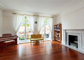 4 bed flat to rent in Marlborough Mansions, Cannon Hill, London NW6
