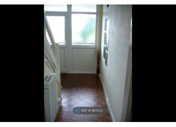 Thumbnail 2 bed flat to rent in Bishops Walk, Aylesbury Bucks