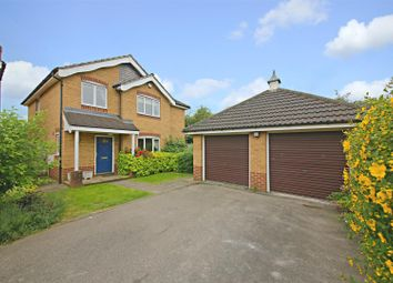 Thumbnail 4 bed property for sale in Suffolk Close, London Colney, St. Albans