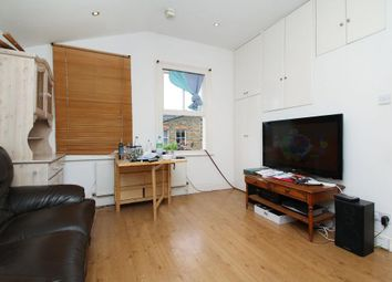 3 bed maisonette to rent in South View Road, London N8