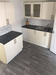 2 bed terraced house to rent in Eastern Villas, Hull HU9