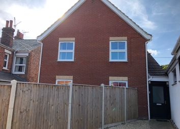 Thumbnail 2 bed flat to rent in Black Boy Meadow, Beccles