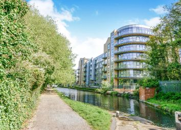 Thumbnail 2 bedroom flat for sale in The Embankment, Nash Mills Wharf, Hemel Hempsted